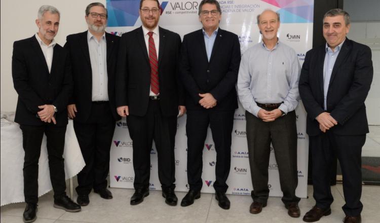 Daniel Pomerantz, Gabriel  Gorenstein, Ariel Eichbaum, Claudio Avruj, Ernesto Tocker y Leonardo Szuchet.