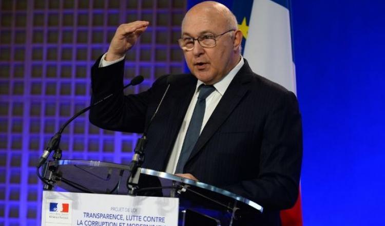 Ministro de Finanzas francés, Michel Sapin.